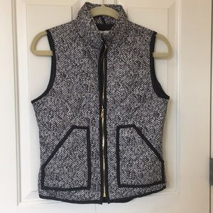 Jackets & Blazers - Herringbone quilted print vest (S)